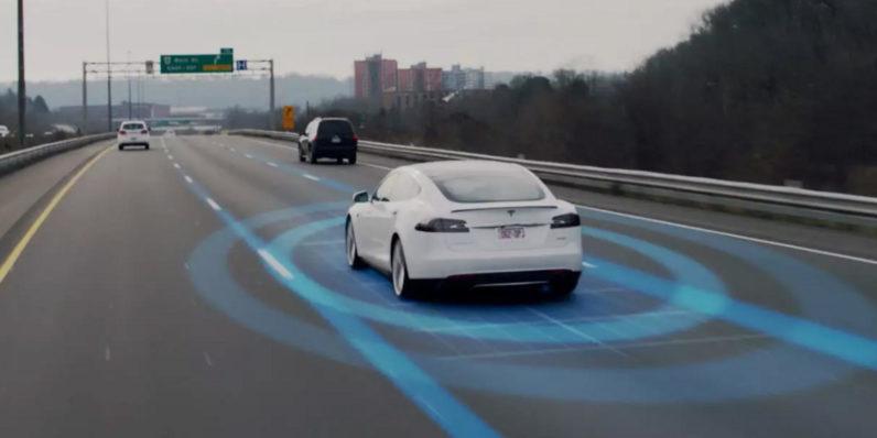 Tesla-Autopilot-796x398